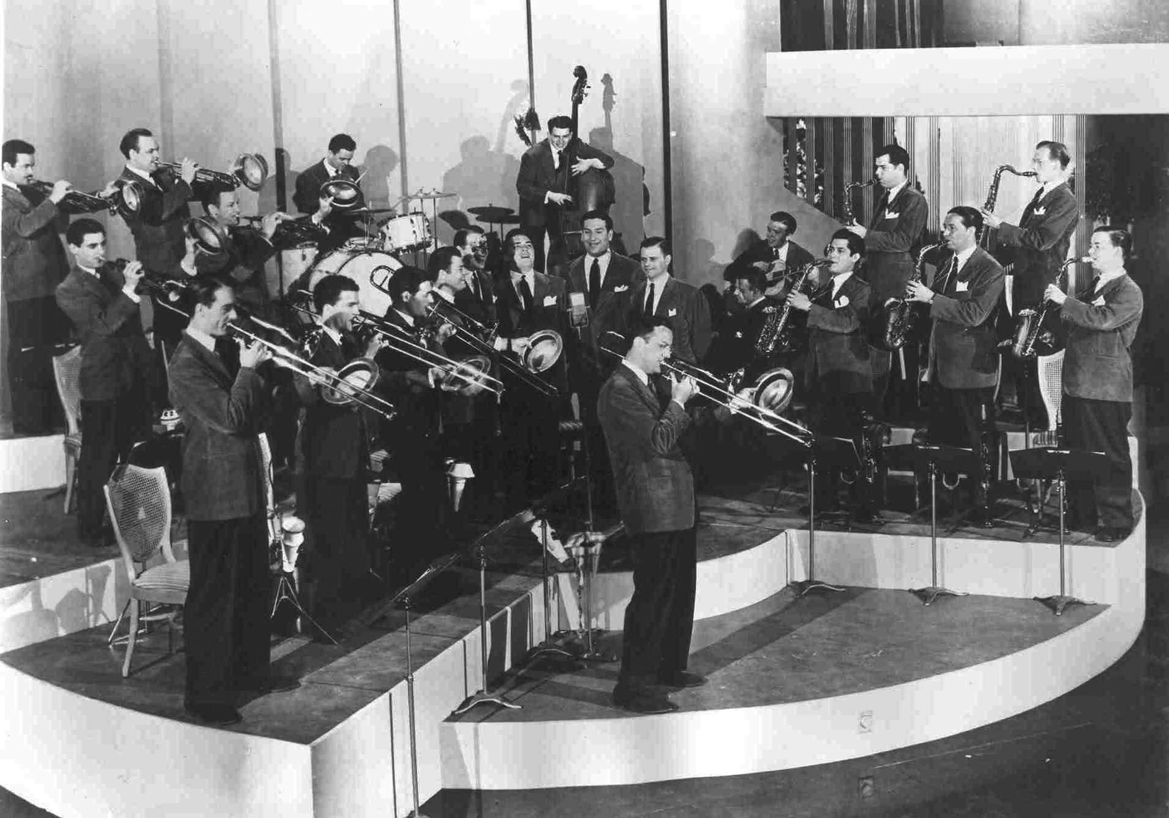 The famous and infamous Glenn Miller Orchestra will be performing at 7    Glenn Miller Orchestra
